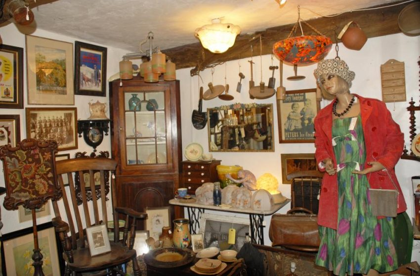 Solva Pottery Antiques & Collectables